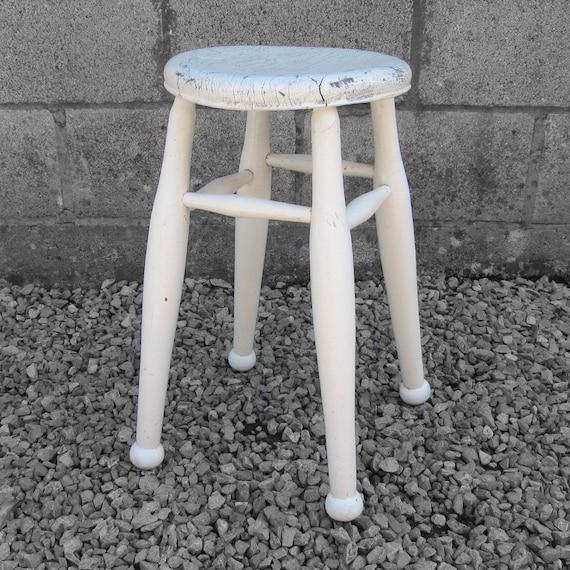 Vintage Farmhouse White Stool - Rustic Turned Leg Dining Seat