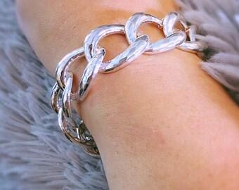 Living Large ! Sterling Silver Hammered Curb Link Bold Bracelet . 39grams