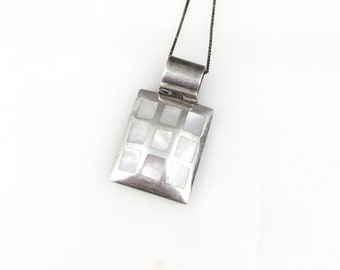 021356 Sterling silver handmade pendant stamped 950 Vintage 950 silver nugget with fine jade