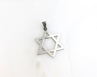 Vintage 925 Sterling Silver Mexico Star Of David Coral Pendant Necklace