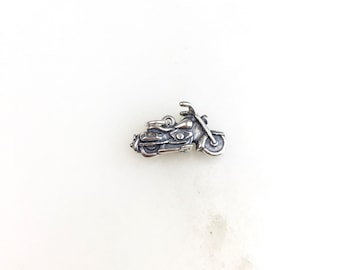 5 x Antique Silver Toned Motorcycle Pendant Charms 0149
