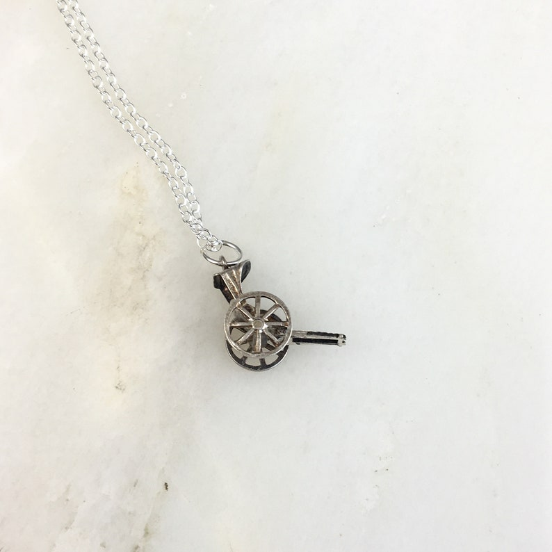 Vintage 925 Antique Sterling Silver Carriage Cart Moveable Charm Pendant Necklace
