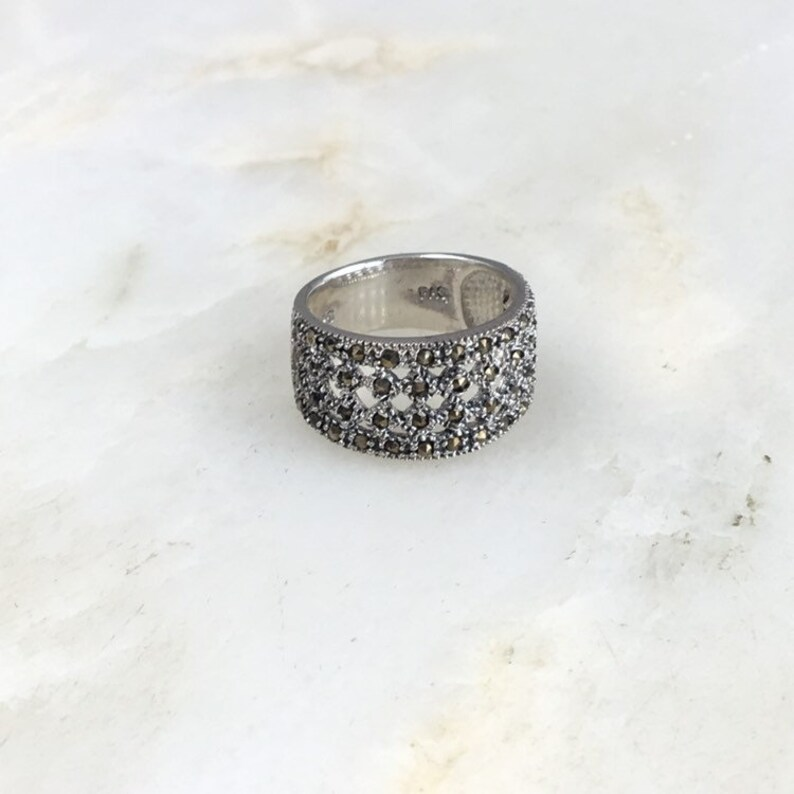 Vintage Sterling Silver Marcasite Cocktail Ring Size 7
