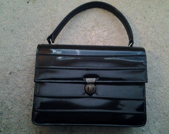 Vintage Handbags Ltd. handbag