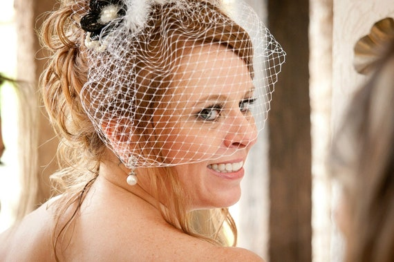 Vintage style birdcage veil and fascinator in diverse colors