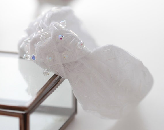 Ready to Ship! Chic modern embroidered bridal lace turban headband