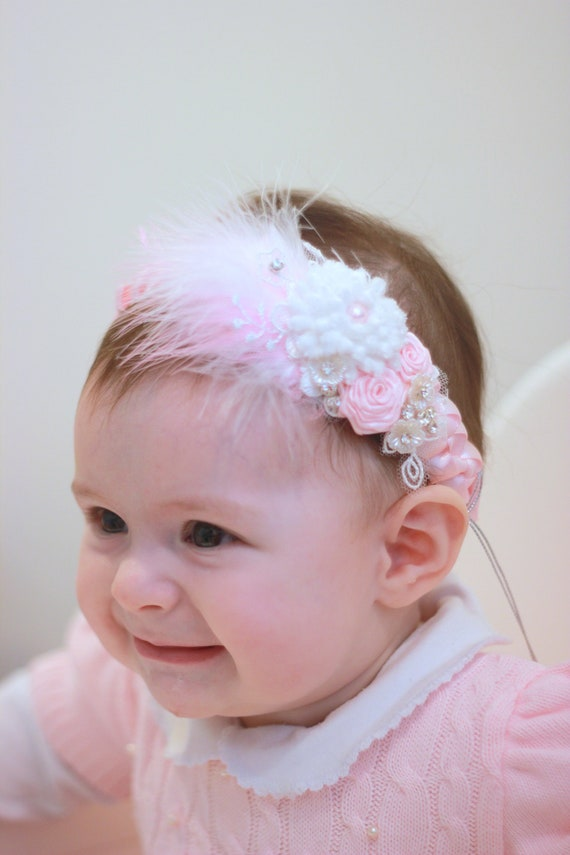 Delicate feathers headband for babies