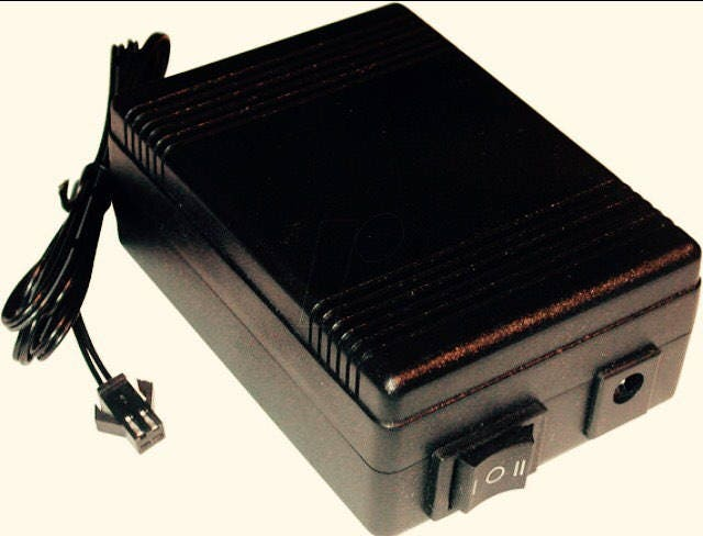 Size A4 Inverters 12 volt, or battery powered, or 110v with AC adapter for sale