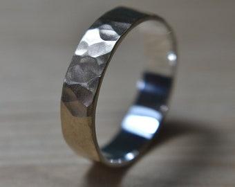Mens Hammered 9k Gold Wedding Band. Hammered 9k Gold Matte Wedding Ring for Men. Mens Wedding Rings. Hammered 9k Gold Matte Wedding Band