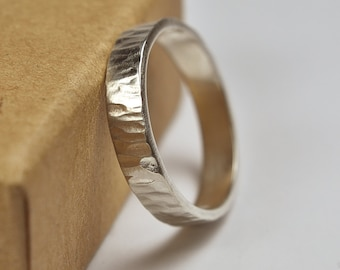 Womens Wedding Band Ring Rustic. Rustic Style. Polished finished. Tree Bark Texture, Flat Shape 4mm