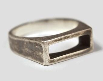 Mens Antique Sterling Silver Stirrup Ring. Mens Antique Rectangle Silver Stirrup Ring. Geometric Antique Silver Stirrup Ring for Men
