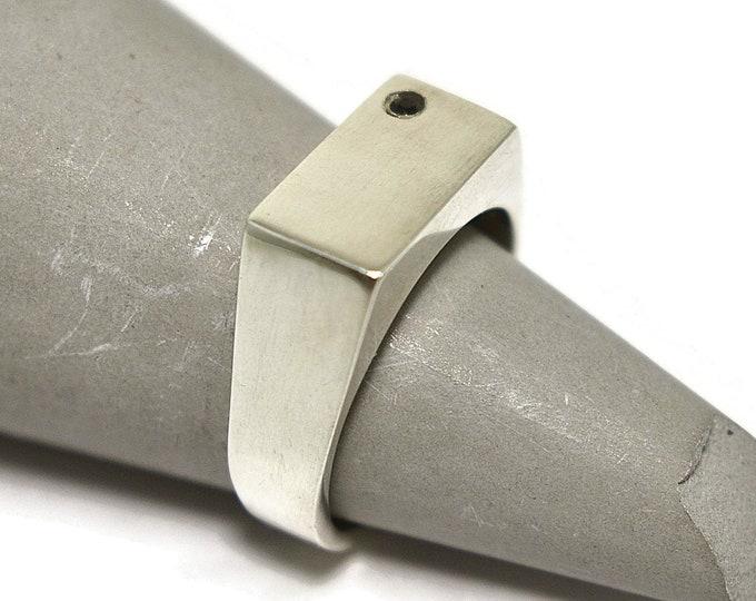 Mens Custom Ring Mens Black Spinel Signet Ring Silver Signet Ring Custom Silver Black Spinel Ring Engraved Ring Rectangle Ring Unique