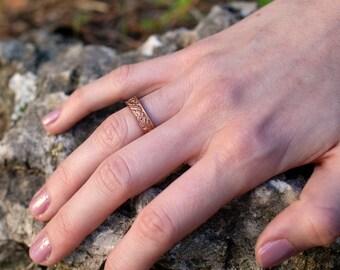 Bronze Art Nouveau Ring. Vintage Floral Red Bronze Wedding Band. Art Deco Floral Bronze Ring. Polished Finish