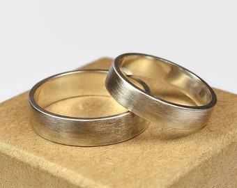 Antique Silver Wedding Band Ring Set His and Hers. Dark Grey Oxidized Urban Style. Flat Shape 4mm and 6mm