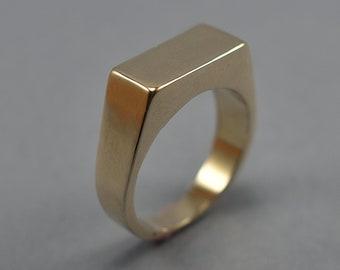 Men's Custom Signet Polished Brass Ring. Men's Signet Ring. Brass Ring Signet for Men. Signet Ring Polished Brass. Custom Signet Ring