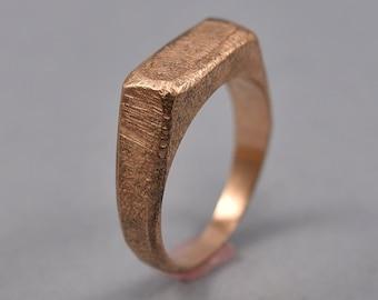 Antique Red Bronze Signet Ring. Men's Bronze Signet Ring. Men's Red Bronze Ring. Antique Red Bronze Signet Ring for Men