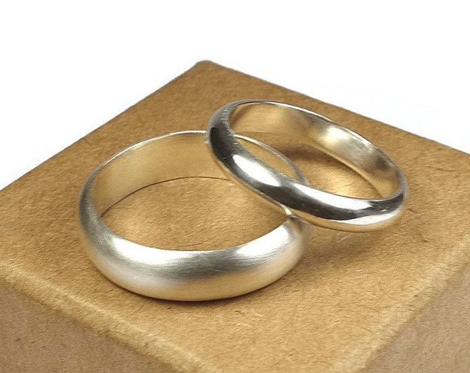 Wedding Band Set Sterling Silver. Wedding Bands Couples Sterling Silver, Classic Style. Half Round Shape 4mm and 6mm