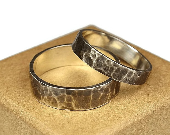 Antique Silver Wedding Band Set. Oxidized Rustic Style. Couple Hammered Wedding Bands with Inside Free Engraving. Flat Shape 4mm and 6mm