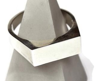 Mens Custom Sterling Silver Signet Ring. Mens Signet Ring Men Silver. Signet Ring for Men Sterling Silver. Signet Rings
