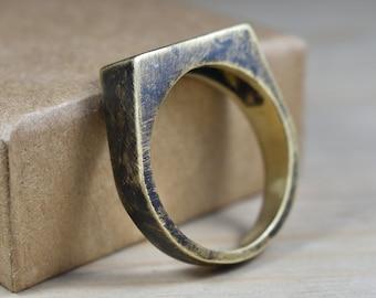 Mens Custom Antique Brass Signet Ring. Mens Signet Ring Men Antique Brass. Signet Ring for Men Antique Brass. Signet Rings Men Antique Brass