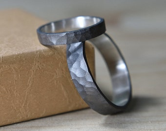 Black Hammered Wedding Bands His and Hers. Black Hammered Wedding Bands Set. Hammered Wedding Ring Set His and Hers. Black Hammered Ring Set