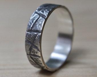Mens Rustic Wedding Band  Mens Antique Rustic Wedding Ring Rustic Wedding Band Men