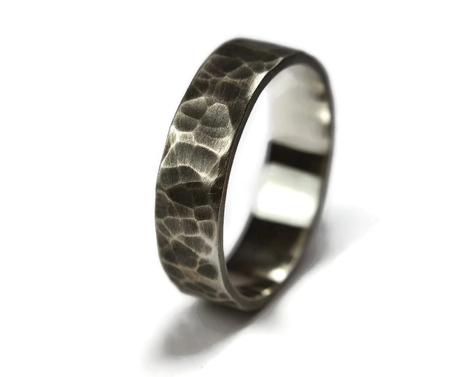 Mens Silver Wedding Band Ring Oxidized Finish. Silver Antique Wedding Band Ring for Men. Antique Hammered Silver Wedding Band Ring