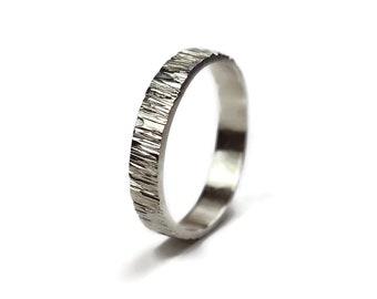 Tree Bark Silver Wedding Band Ring. Rustic Tree Bark Wedding Ring. Wood Grain Silver Ring. Nature Ring. Free Engraving. Polished Ring 4mm