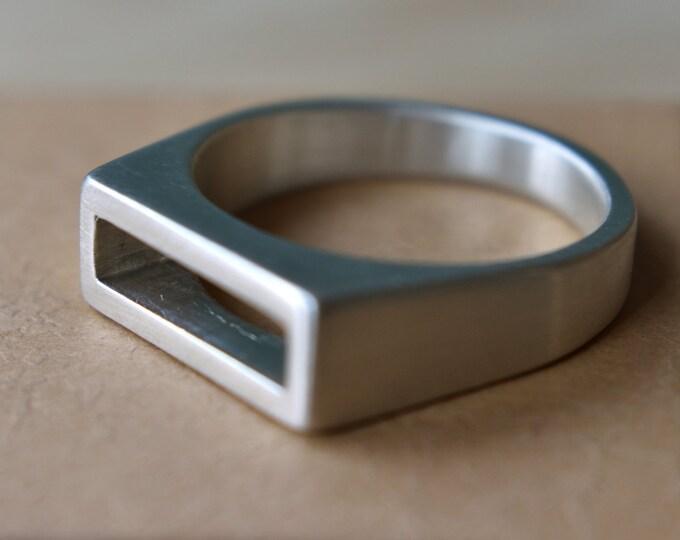 Modern Mens Sterling Silver Ring. Elegant Sterling Silver Ring for men. Geometric Mens Silver Ring. Minimalist Mens Sterling Silver Ring