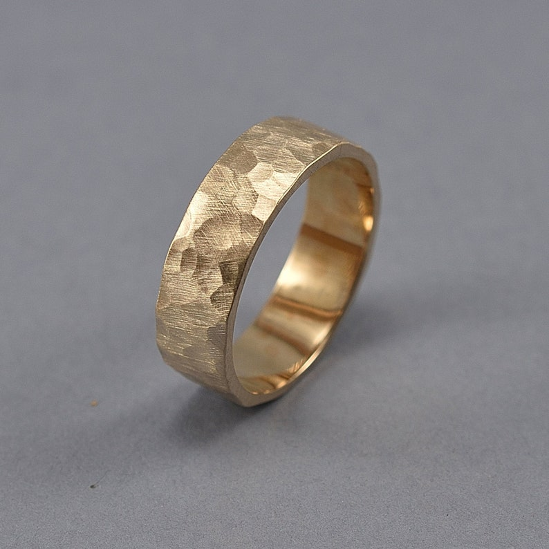 Men's Hammered Brass Band Ring Rustic Hammered Golden image 0