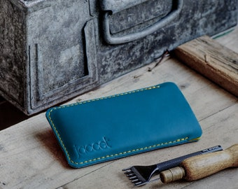 Full-grain leather OPPO Find X3 Pro pouch - Turquoise leather with yellow wool felt lining - Available for all OPPO models