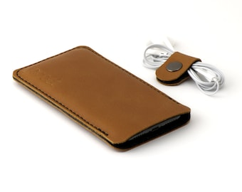 Leather OPPO Find X2 Pro sleeve - and other models - Cognac color leather with black wool felt lining - Available for all OPPO models