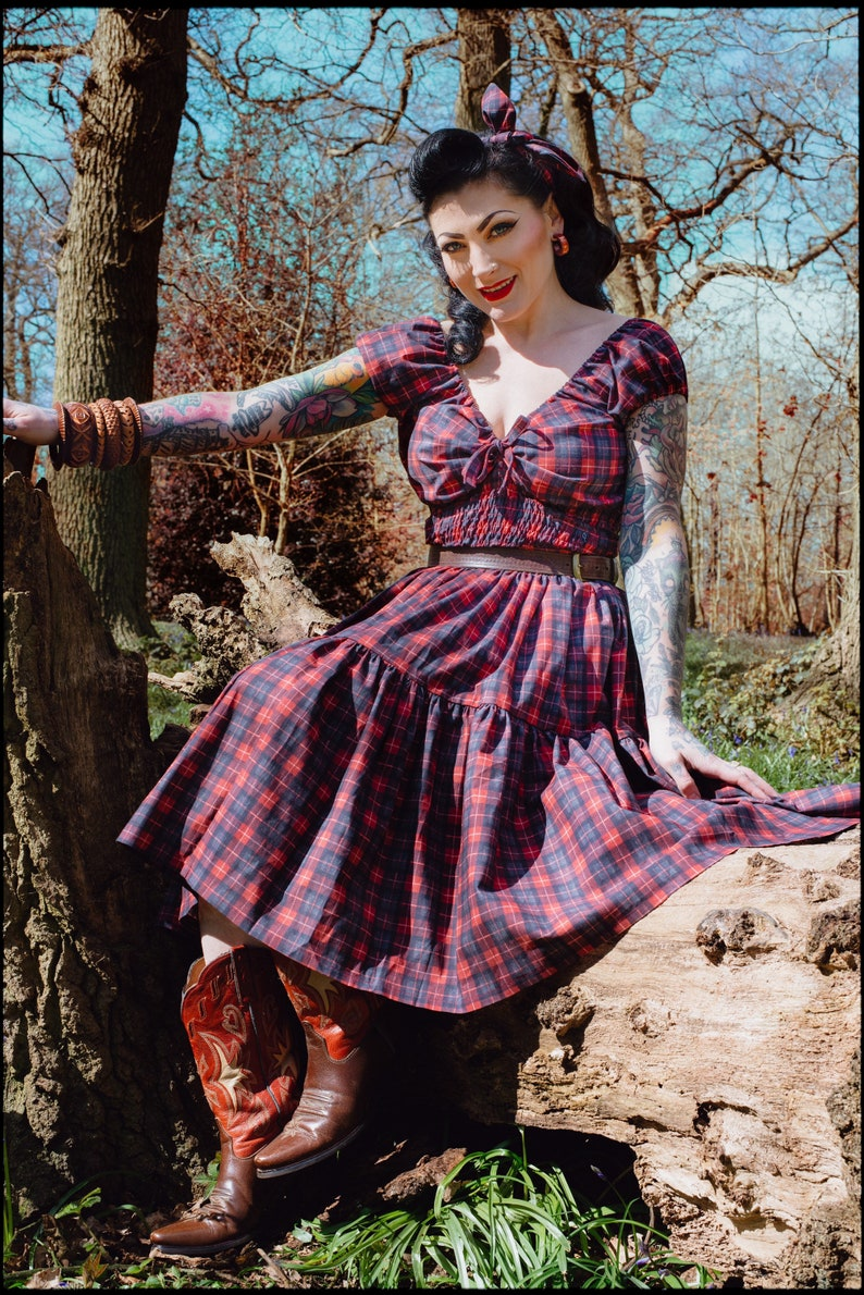 Vintage Western Wear Clothing, Outfit Ideas     Carla two piece in lumber checks $171.09 AT vintagedancer.com