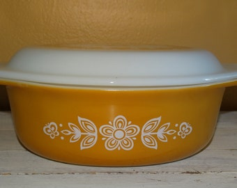 Vintage Yellow Pyrex Flower Pattern  Casserole Dish with Lid