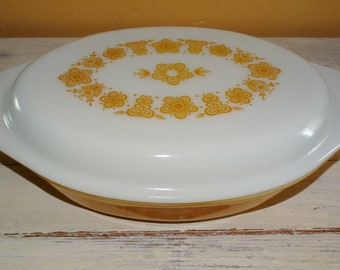 Vintage Yellow Pyrex Flower PatternDivided  Casserole Dish with Lid