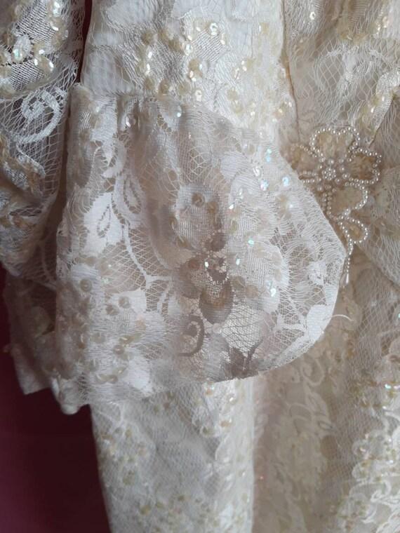 1970s Elegant Wedding Dress - image 6