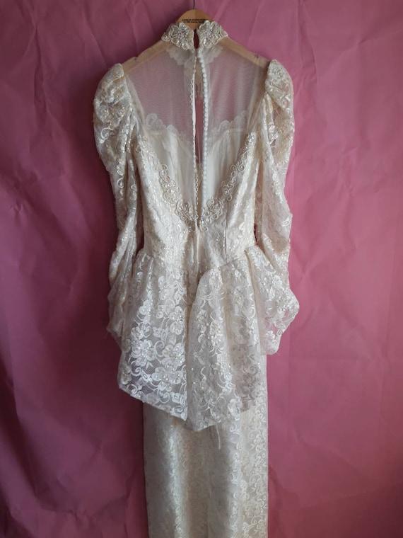 1970s Elegant Wedding Dress - image 7