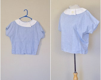 bbaeed7c240b91 vintage seersucker benetton blouse // white + blue striped preppy shirt //  cropped collared yachting top // medium // large