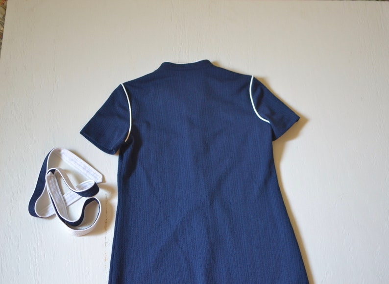 vintage navy shirtwaist with white tie belt  1970s sporty blue dress  seventies navy and white nautical frock  mediumlarge petite
