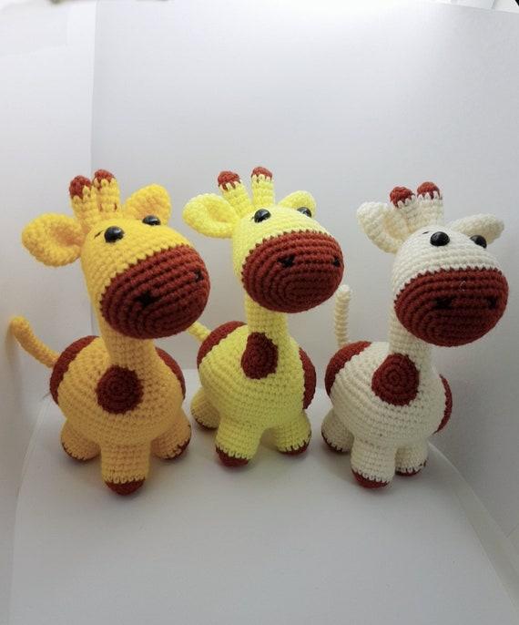 Amigurumi Baby Giraffe [Free Crochet Pattern]   686x570