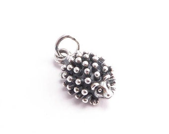 Sterling Silver Hedgehog Charm, (1 pc) 18x9x5mm Hedgehog Charms, Woodland Charms, Sterling Silver Charms, Nature Charms CHM0153