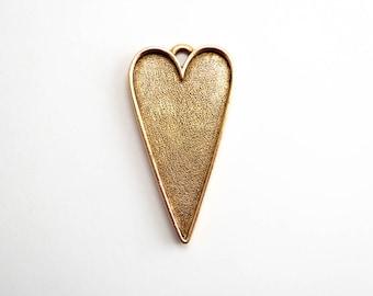 1 x Antique Gold Grande Heart Pendant, Nunn Design Bezel, Heart Bezel, Antique Gold Bezel, Heart Pendant, Gold Heart Pendant CHM0133