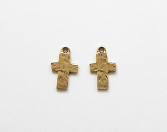 2 Nunn Design Rustic Cross Charms Antique Gold 17.5x10.7x1.4mm, Cross Charms, Gold Cross Charms, Rustic Charms CHM0072