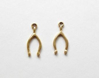 2 Nunn Design Antique Gold Wishbone Charms 22.5x10x1.4mm, Wishbone Charms, Gold Wishbone Charms, Good Luck Charms CHM0080