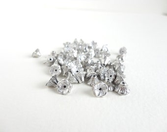 40 x 7x5mm Czech Glass Beads, Silver Flower Cup Czech Glass Beads, Silver Flower Beads, Silver Flower Cup Beads FLW0111