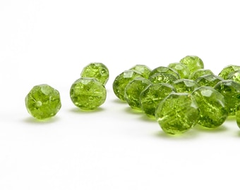 Green Round Czech Glass Beads, (40 pcs) 8mm Round Faceted Beads, RND0028