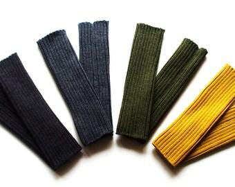 Babies/Children's/Toddlers knitted merino wool ribbed leg warmers/2x2/warm/soft/boot socks/leg wear