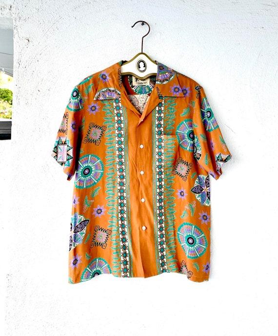 Vintage 1940s Hawaiian Aloha Rayon Shirt // 40s Re