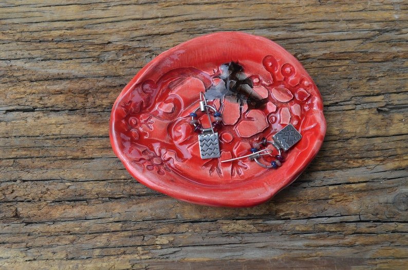 Red Air Plant Holder Ring Holder Red Spoon Rest Wedding Ring Dish Candy Holder Small Ceramic Dish