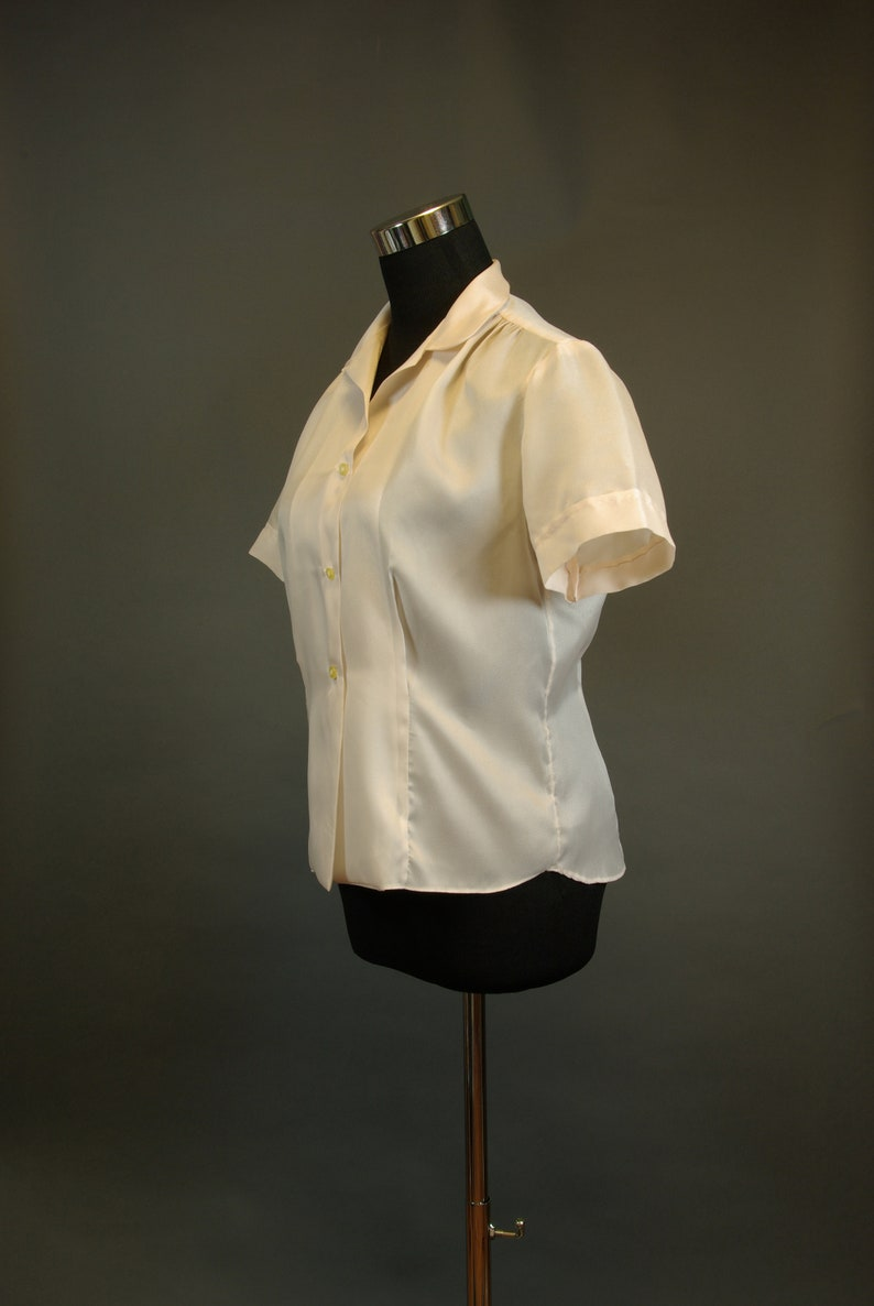 Fritzi of California Baby Pink Peter Pan Collar late 50searly 60s Secretary Blouse Short Sleeve Top 32 inch 81 cm Waist